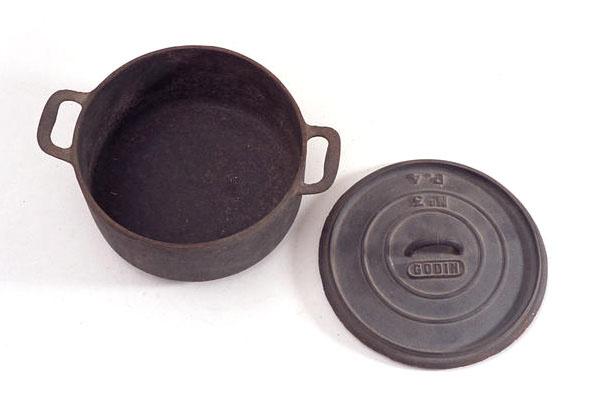 L'usine du Familistère produisait des accessoires de cuisson en fonte de fer com